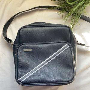 3/$30 Vintage Samsonite Carry on bag